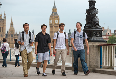 Students in Notre Dame's London program