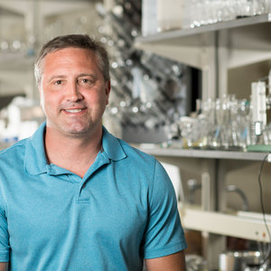 Melander lab specializes in exploring ways to prevent antibiotic resistance